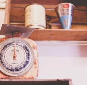 Pcheła po godzinach: Jak zrzucić zbędne kilogramy bez katowania się dietami?