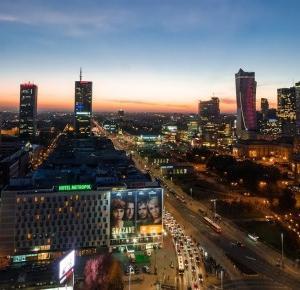 Pcheła po godzinach: Wady i zalety studiowania w Warszawie