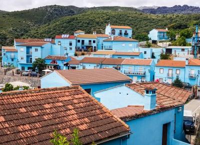 Juzcar - niebieska wioska w Hiszpanii