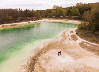 Lazurowe Jezioro, czyli zanieczyszczone polskie Malediwy
