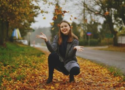 Julia Lipska: AUTUMN IS GOING OVER...