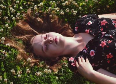 Julia Lipska: FLOWERS