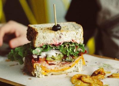 KAKTUSOWY SAD: Dlaczego kanapki są niefortunnym dziełem?