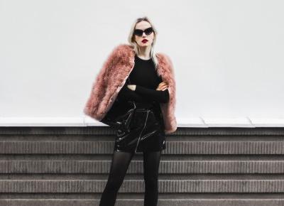 Glossy skirt x faux fur | Hedonisticat