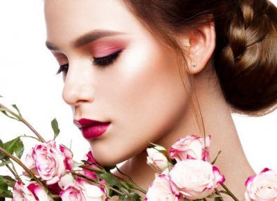 Dzień bez makijażu, Dzień Radia - Kalendarz Świąt Nietypowych