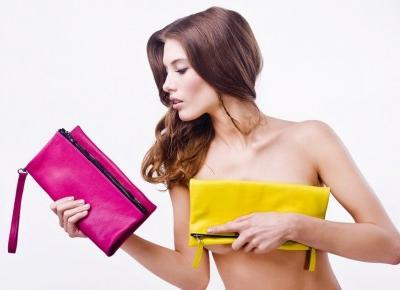 10 Rzeczy które każda kobieta powinna mieć w torebce
