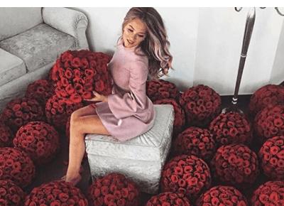 Kwiaty na wynajem na 15 minut - Tylko dla zdjęcia na Instagram na Walentynki