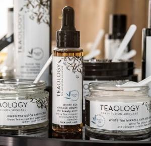 Wonderful factory of luck:  Herbaciana rewolucja - Tea Infusion Skincare