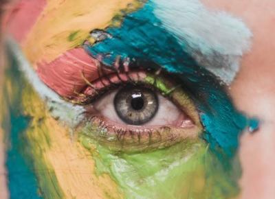 Bling Bling MakeUp: Tańszy, a lepszy krem pod oczy?