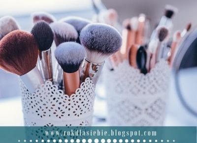 Zimowy zestaw kosmetyków dla każdej kobiety