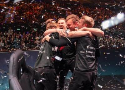 Jankos w finale mistrzostw świata League of Legends. Polak walczy o kolejne trofeum!
