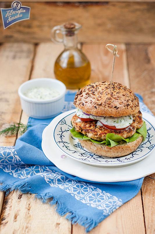 Dietetyczne burgery z kurczaka
