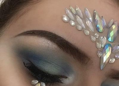 Blue makeup 🦋