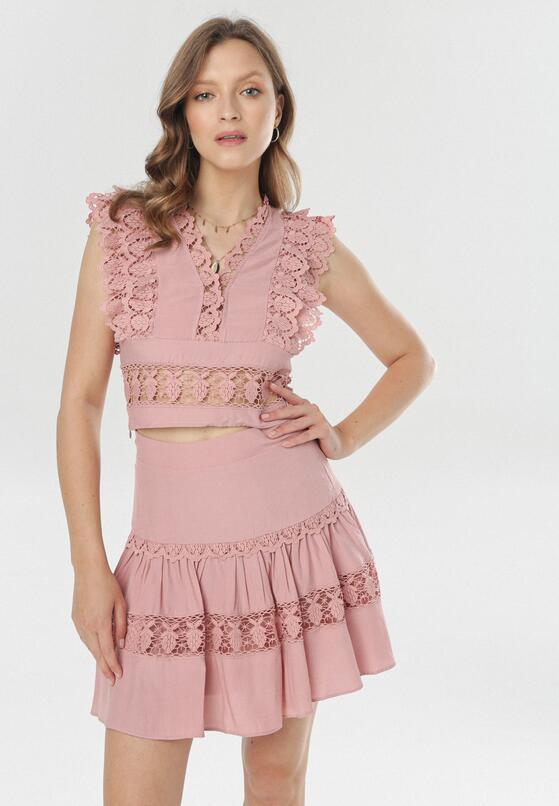 Komplety na lato 2020: spódnica i top.
