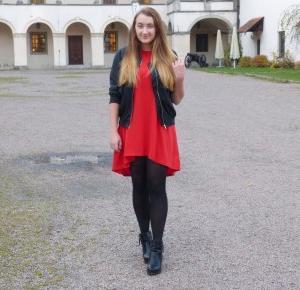 Czerwona sukienka od Sammydress.com