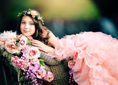 Shikatemeku.pl: Studniówki, wesela osiemnastki - gdzie znaleźć sukienki?