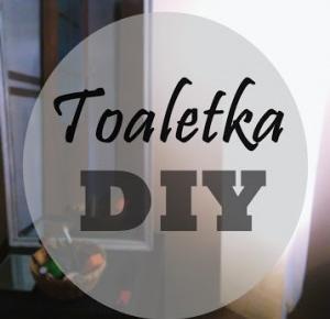 Shocking black: Toaletka DIY