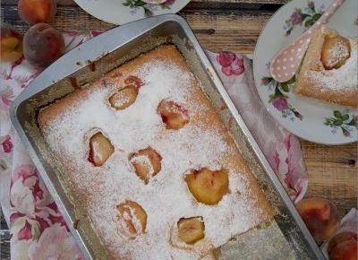 Szybkie ciasto z morelami (bez miksera) – idealne do kawy | Słodkie okruszki