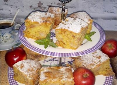 Prosty jabłecznik z cynamonem | Słodkie okruszki