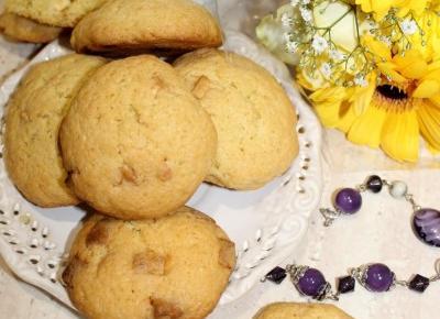 Szybkie ciasteczka z białą czekoladą | Słodkie okruszki