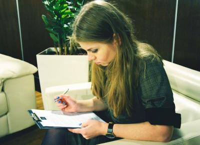 Jak żyć z wadą wymowy? Jak ja sobie radzę? - Spinki i Szpilki | blog lifestylowy | blog modowy | blog kosmetyczny | blog kulinarny