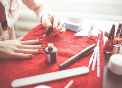 Szkodliwe lakiery do paznokci które niszczą Twój organizm - Styl Doroty