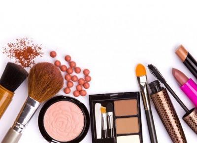 Delikatny czy mocny makijaż? Jaki bardziej pasuje do Twojej urody?