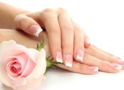 Jak naturalnie pielęgnować włosy i paznokcie? Żelatynowa kuracja dla paznokci i włosów