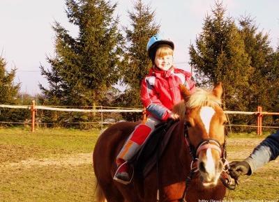 Jazda konna dla dzieci - Świat w kolorze blond