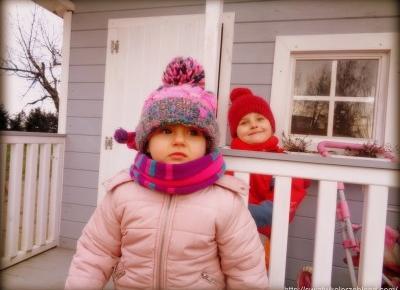 Zimowy plac zabaw - Świat w kolorze blond