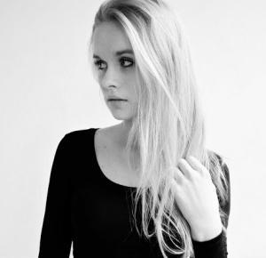 Sandra Wanowska: Aleksandra Cieślik czyli blog WHAT CAN I SAY(?)