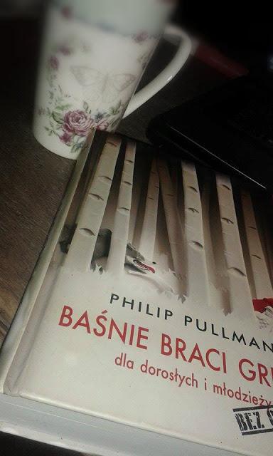Kobieta (Nie)idealna: #2 Little Bookcase - Philip Pulman