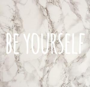 Kobieta (Nie)idealna: Bądź sobą!