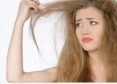 Jak zapobiec puszeniu się włosów?