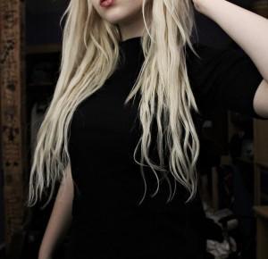 Sposoby na szybszy porost włosów