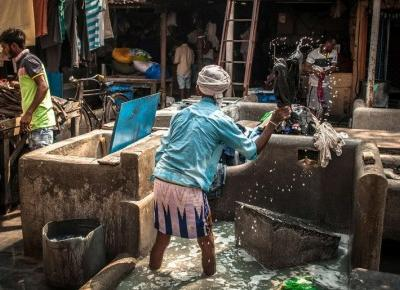 Bombaj (Indie) - Dhobi Ghat - największa pralnia świata | z Podróży PL