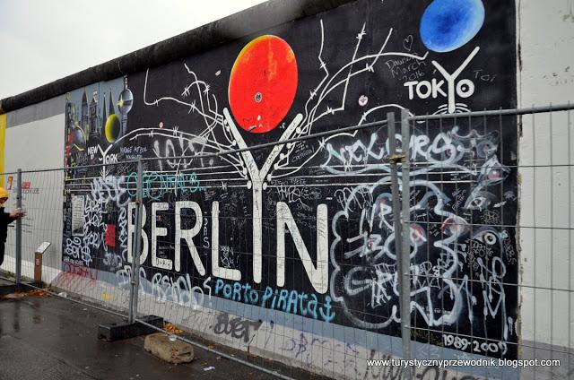 Podróże Dwóch Włóczykijów ~ Two Gadabouts' Journeys: Mur Berliński - drugi i najdłuższy z ocalałych fragmentów budowli, czyli East Side Gallery [Berlin Wall - the second and longest surviving fragment
