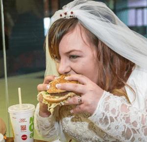 Brytyjska para urządziła wesele w McDonaldzie