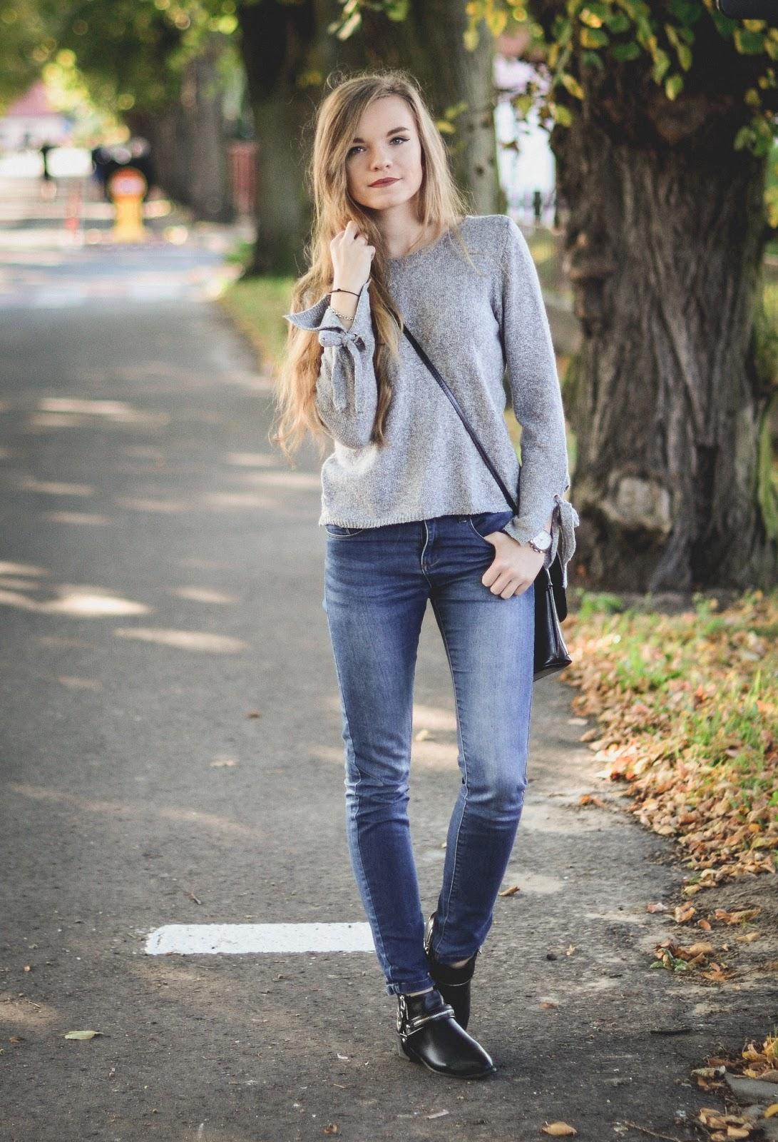 UNCARO: Street Style: Gray sweater