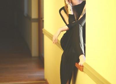 UNCARO: BLACK MAXI DRESS