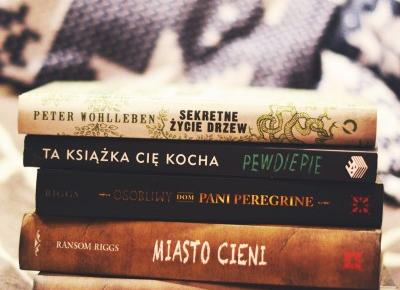 UNCARO: Książkowi ulubieńcy miesiąca