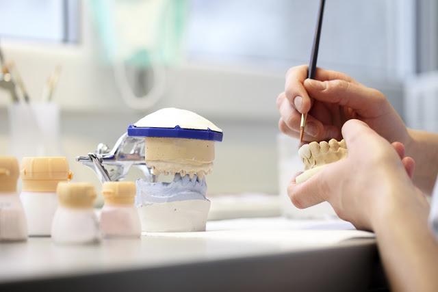 Lajfstajl ironią płynący: Blogerka kontra ósemki, czyli wyprawa do dentysty