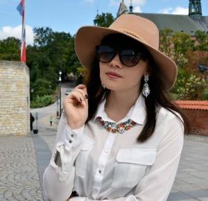 Valentine Marie Rose: Sandomierz