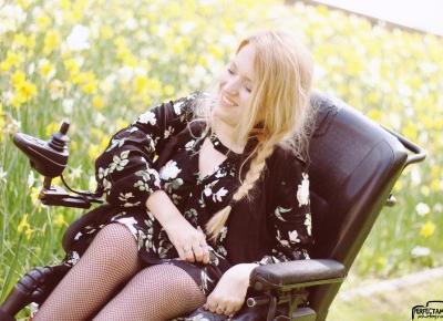 Stylizacja boho z sukienką w kwiaty i kabaretkami - Blog o modzie - Sylwia VAMPPIV Błach