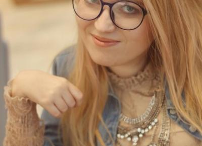 Pastelowa koronkowa sukienka i dżinsowa koszula oversize - Blog o modzie - Sylwia VAMPPIV Błach
