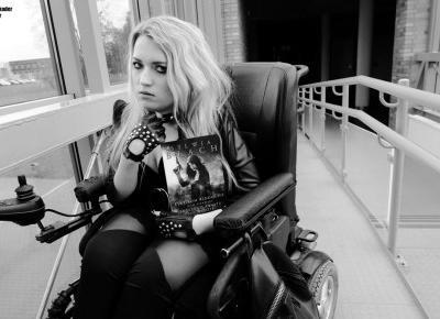 Rockowa stylizacja na koncert z legginsami i tuniką  - Blog o modzie - Sylwia VAMPPIV Błach