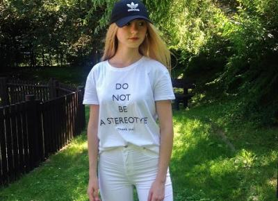 Verczik Blog by Veronica Masajada: BACK TO SCHOOL: Biały T-shirt i spodnie z wysokim stanem | OOTD