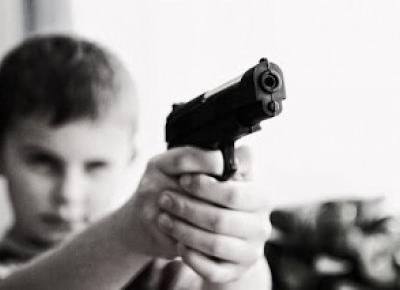 indiscrett: Dlaczego małoletni staje się nieletnim? Zanim ocenisz, poznaj przyczynę!