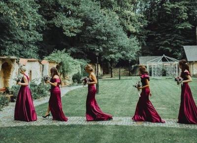Którą suknię wybierzesz? ❤️