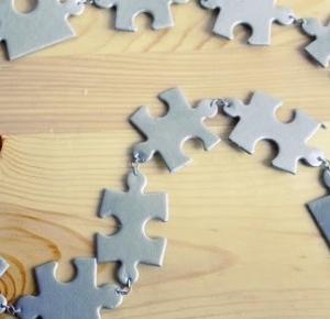 Ważkowa : drugie życie niekompletnych puzzli , czyli puzzlowy pasek diy